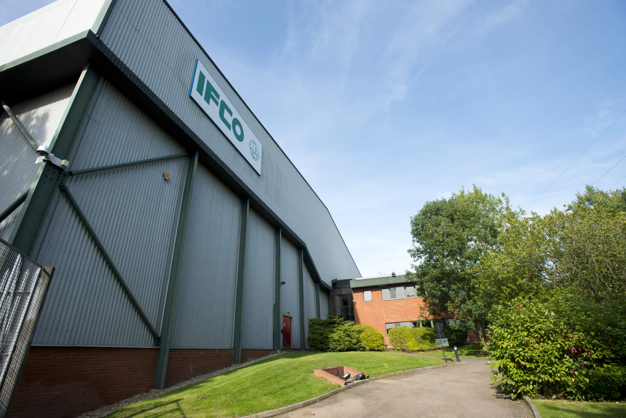 Perland Rugby Cosford Centre Swift 100 warehouse industrial unit